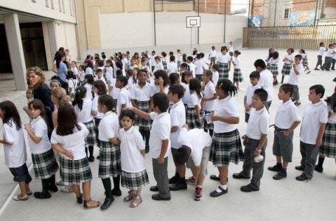 Los-alumnos-del-colegio-public_54215028120_53389389549_600_396