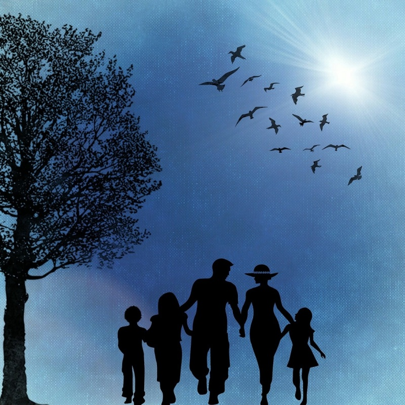 family-718359_1280